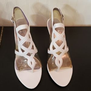 Bellini Nib* ladies leather white heels